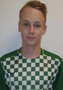 Dominik Urbanek   Mittelfeld   4